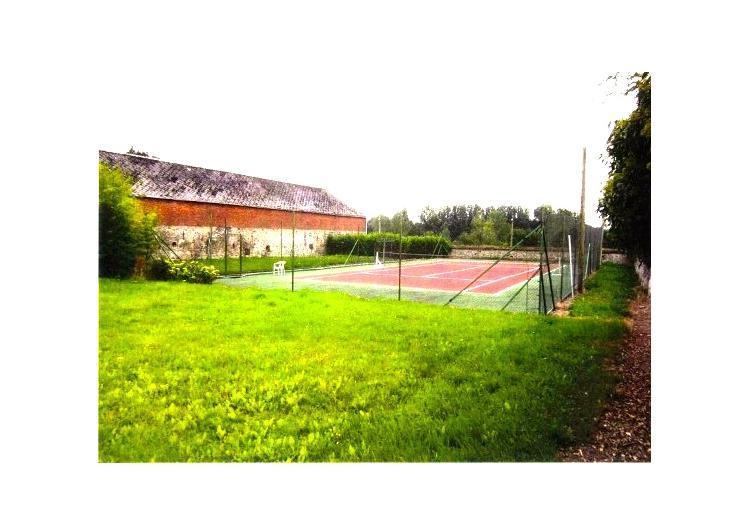 Immobiliere nicola saldi merbes le ch teau terrain for Terrain de tennis prix